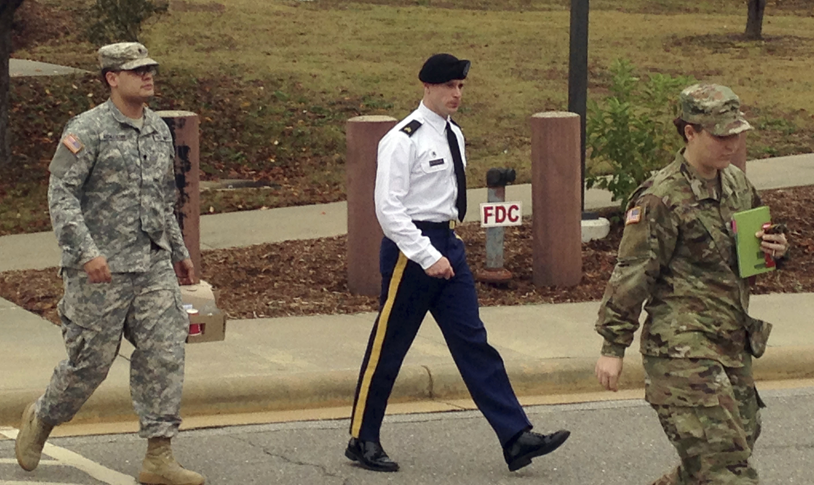 Searchers' injuries can be considered at Bergdahl sentencing, if convicted