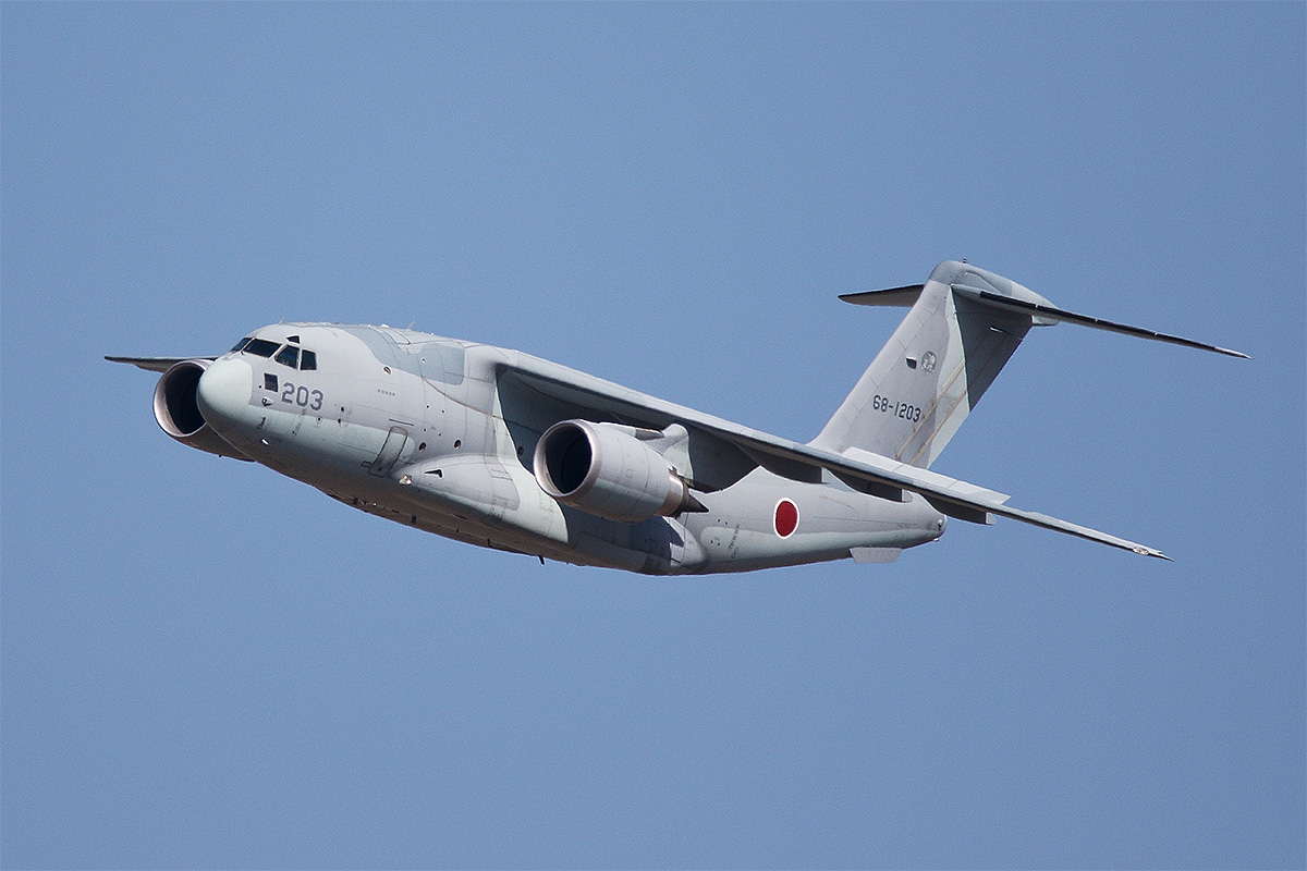 A Kawasaki C-2 airlifter of the Japan Air Self-Defense Force made the type's first-ever overseas air show flying display at the Avalon Airshow. Japan is trying to sell the C-2 to New Zealand, which has a requirement to replace its C-130H and Boeing 757 transports. (Mike Yeo/Staff)