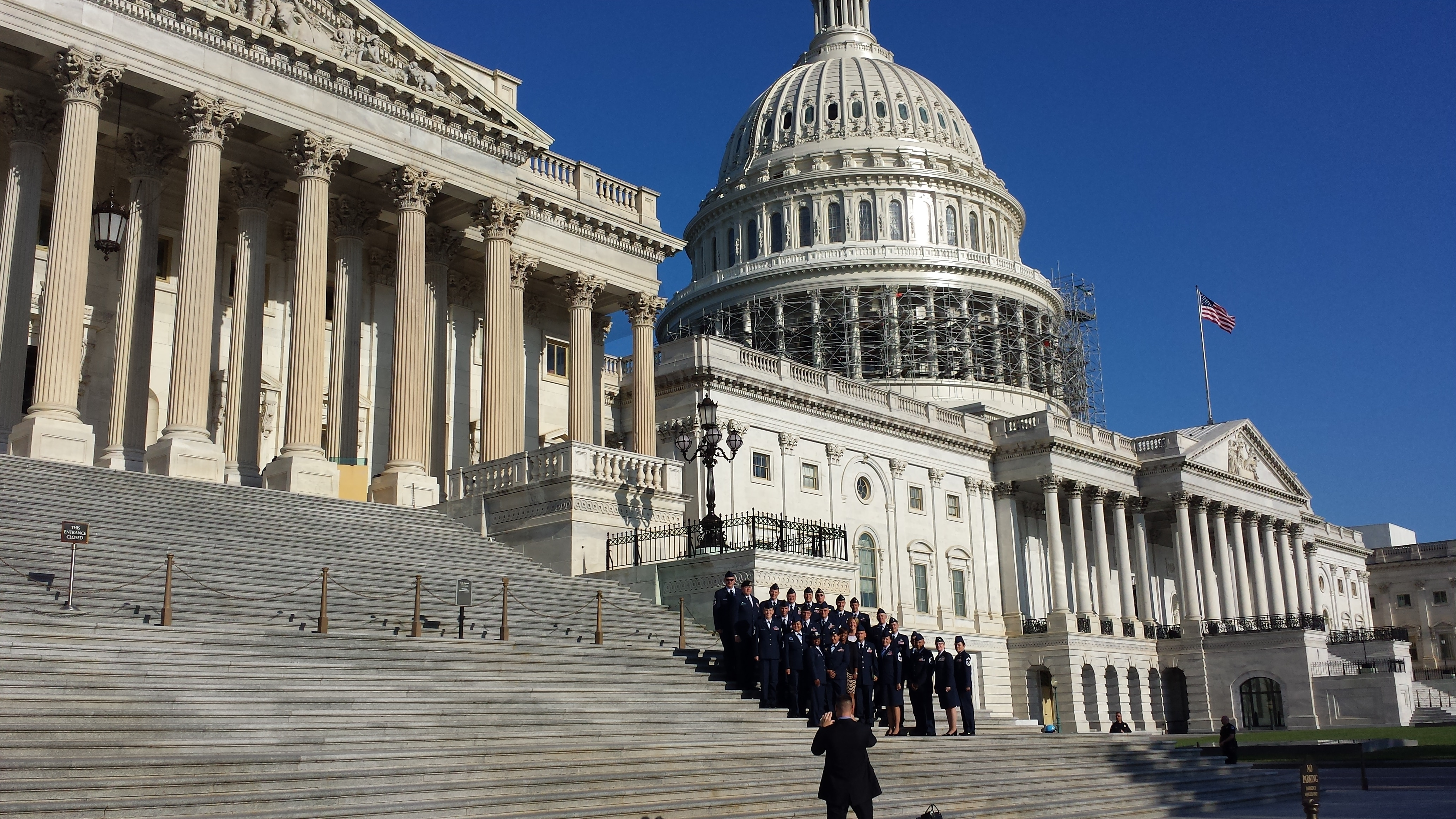 Advocates want more veterans on Congress' policy staff