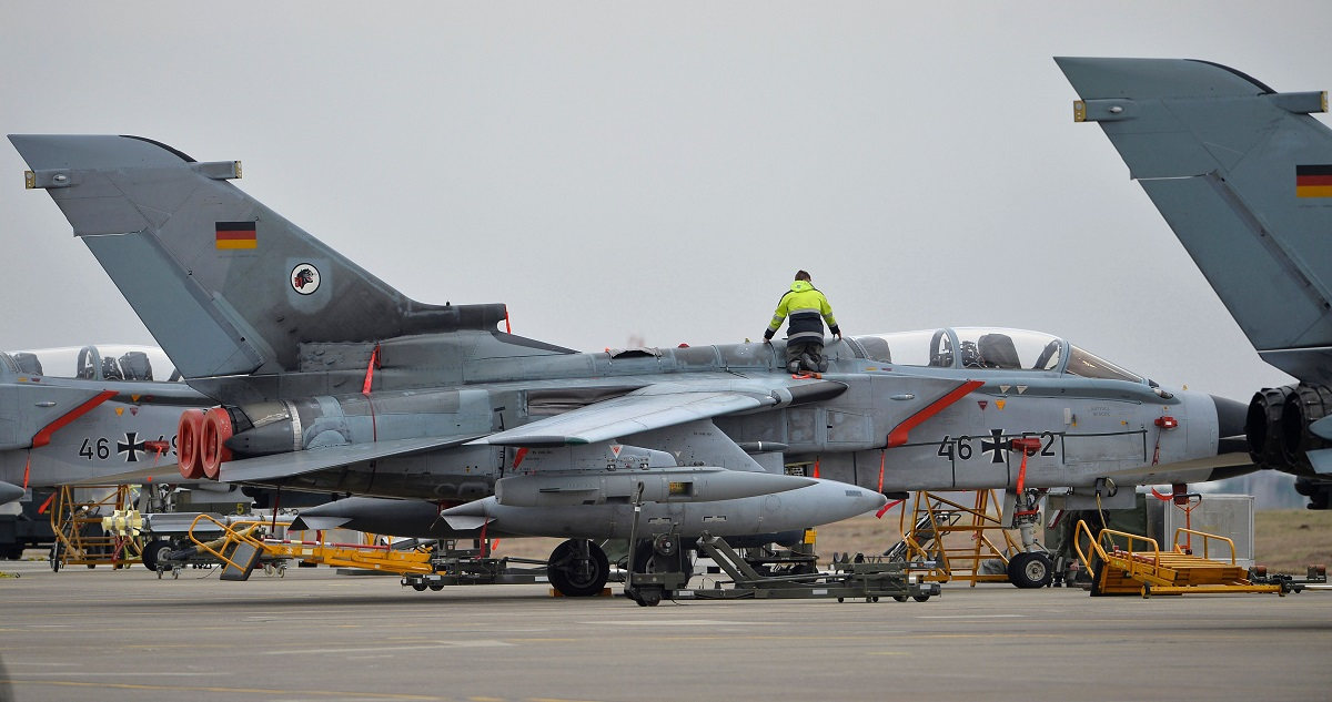 Germany fears steeper Tornado costs after the UK ditches its planes