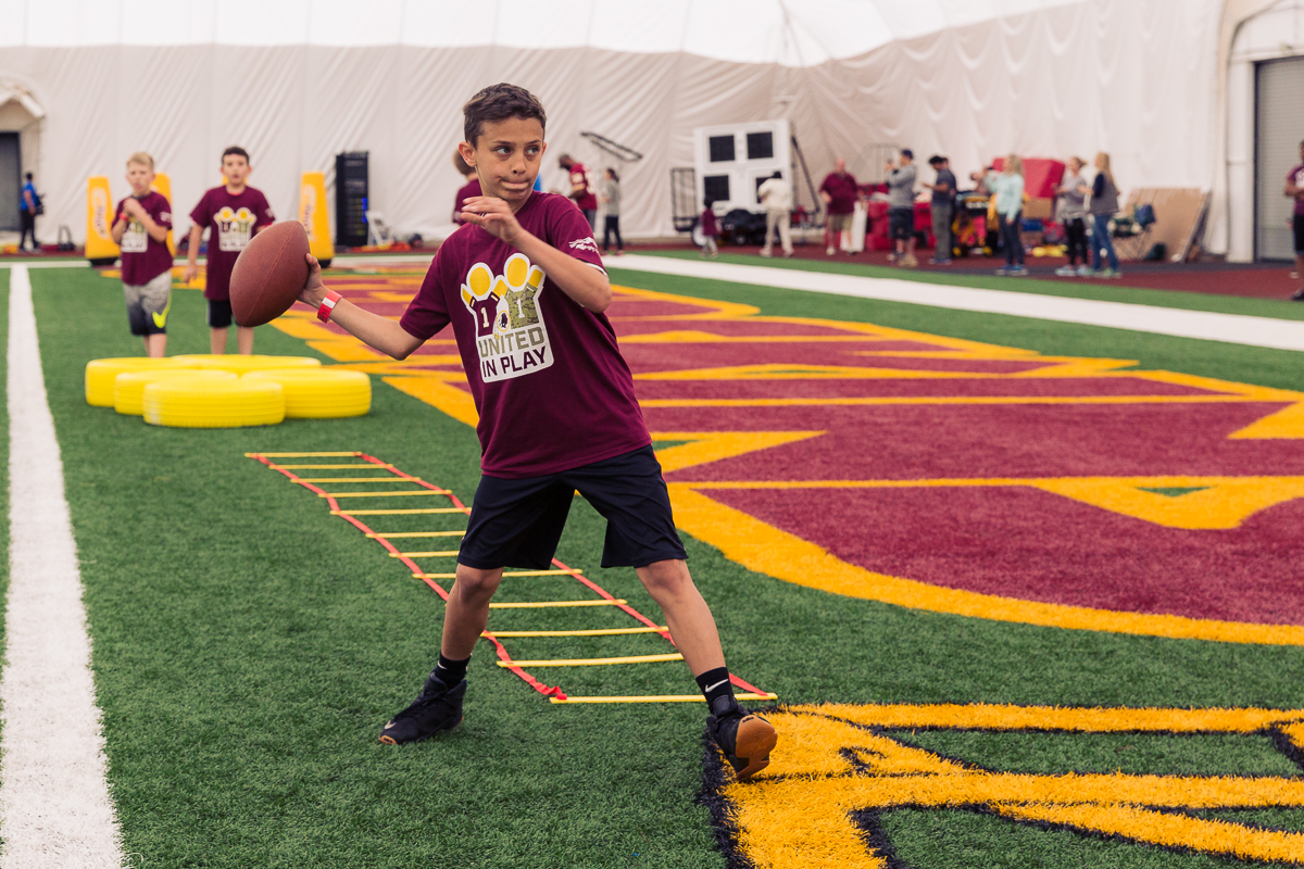 Military children participate in team-building activities for Army Forces Day on Saturday, June 19, 2018, at Redskins Park in Loudoun County, Va. (James Williams/Military Times)