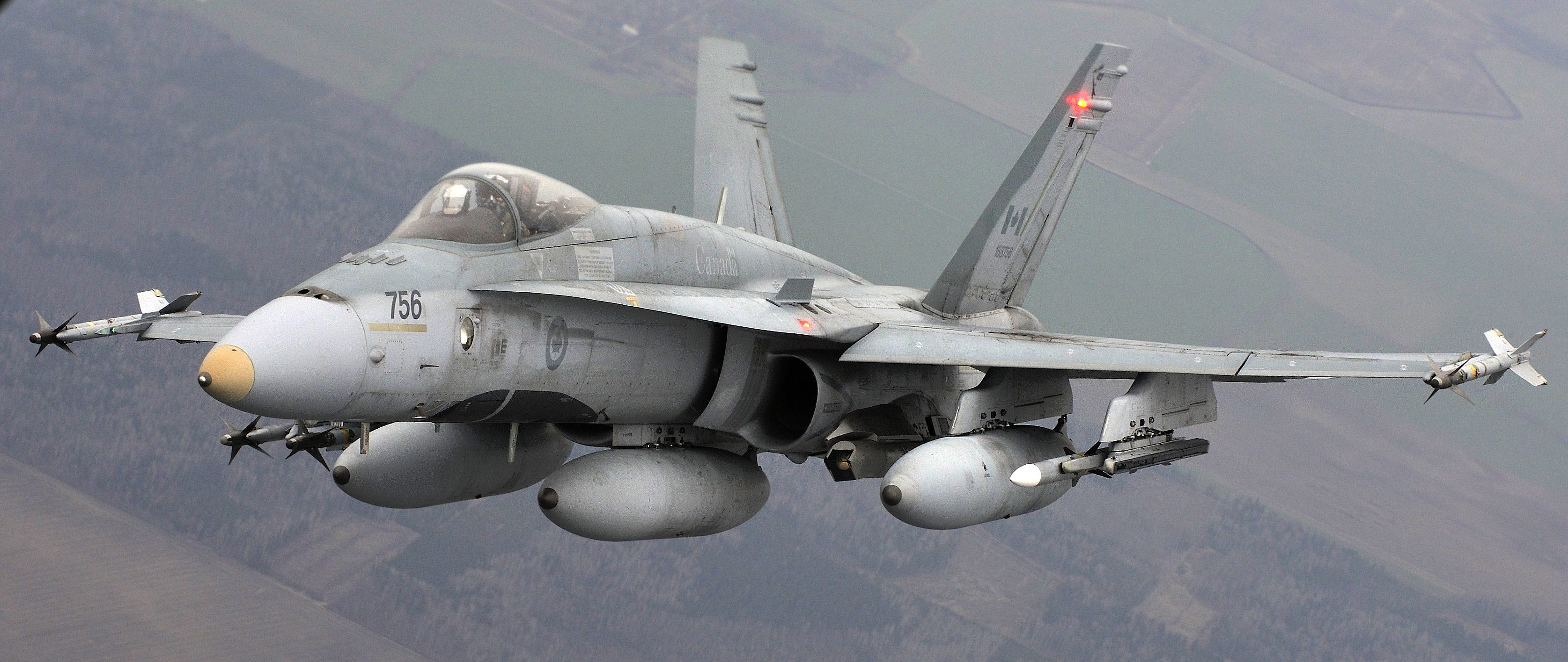 Canada Plans to Buy 18 Super Hornets, Start Fighter Competition in 2017