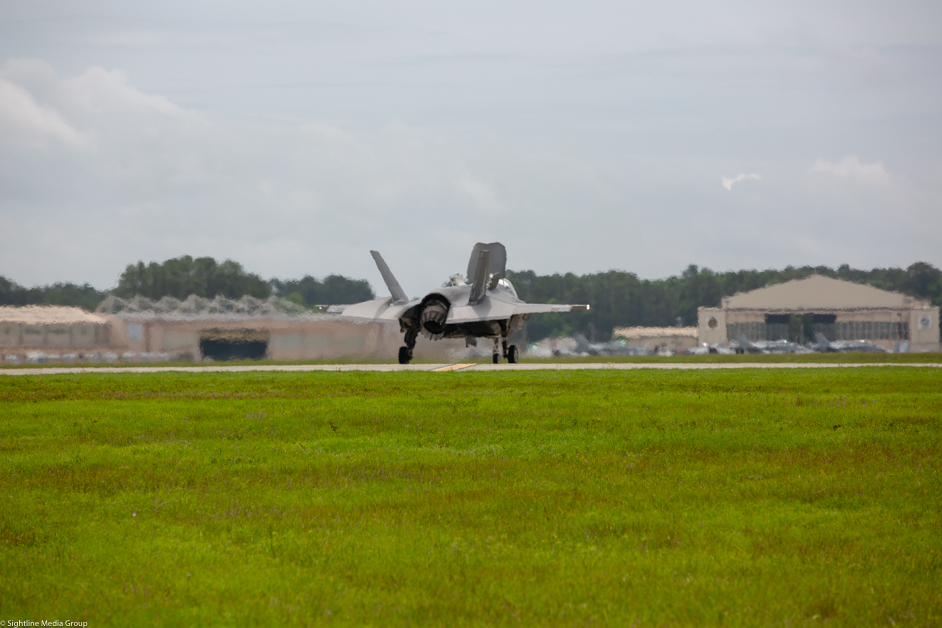 A USMC F-35B makes a vertical landing at MCAS Beaufort in South Carolina after a training flight.(Jeff Martin/Staff)