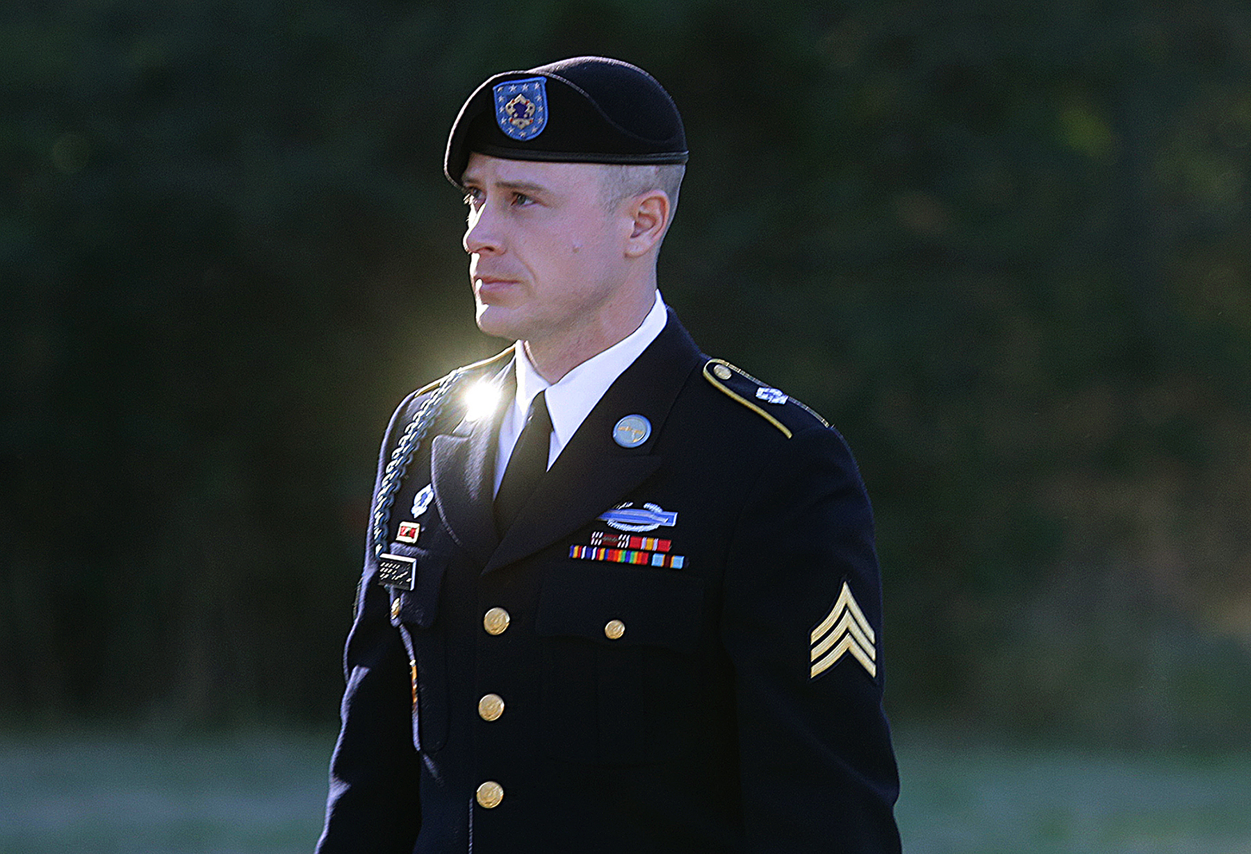 Bergdahl pleads guilty to desertion, misbehavior