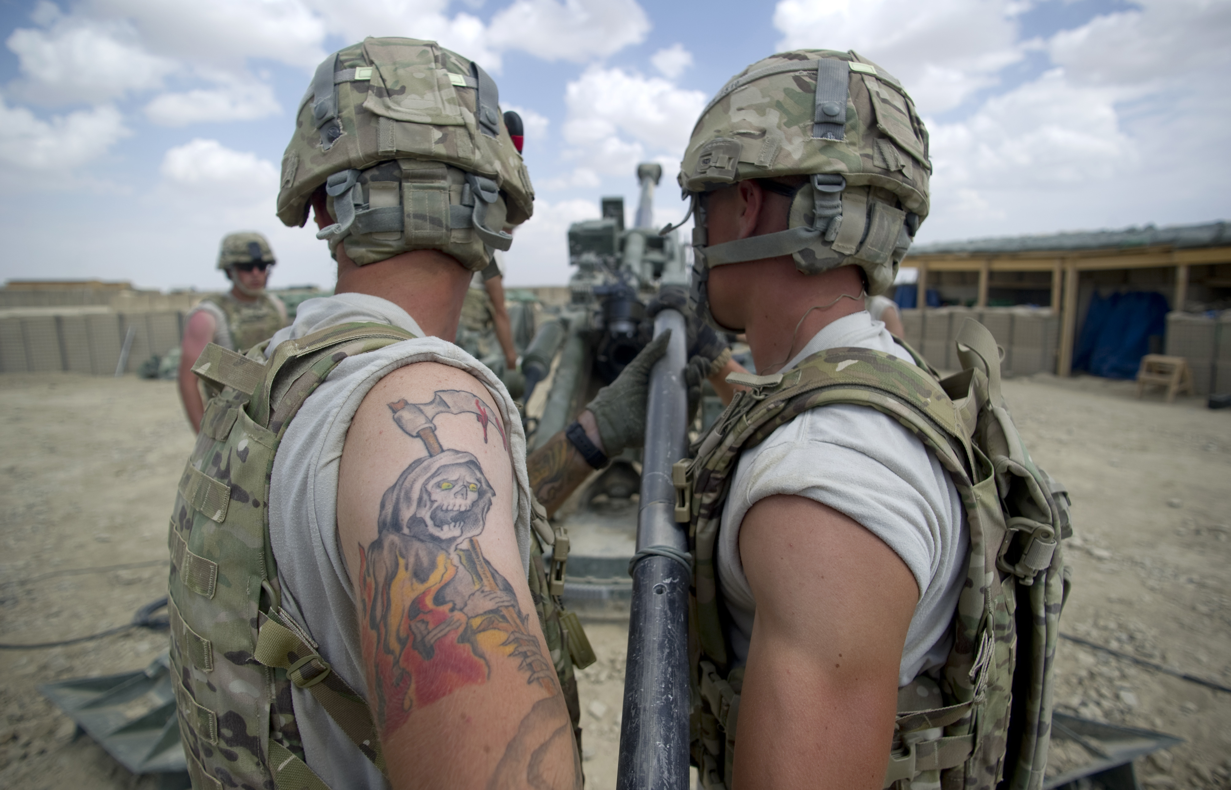 Sma explains army 39 s new tattoo policy for Tattoo requirements for national guard
