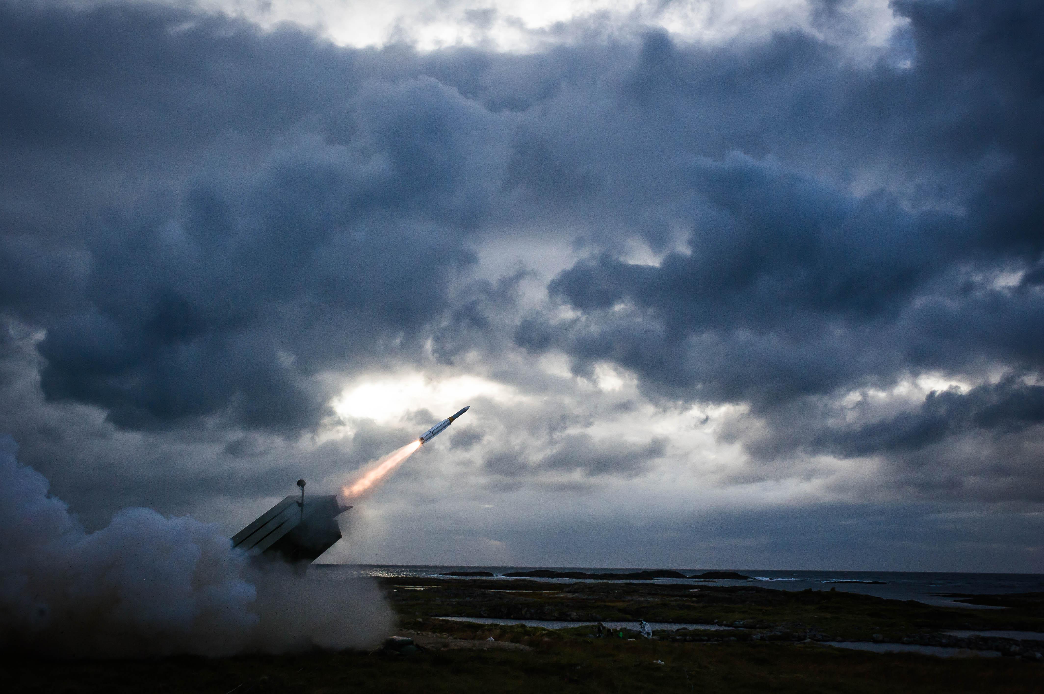 Raytheon's Extended Range AMRAAM Missile Destroys Target ...