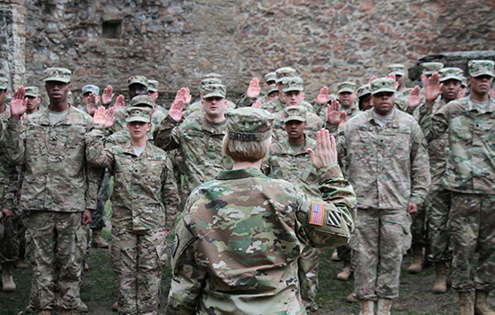 Green card holders can join the Army Reserve again — after a wait