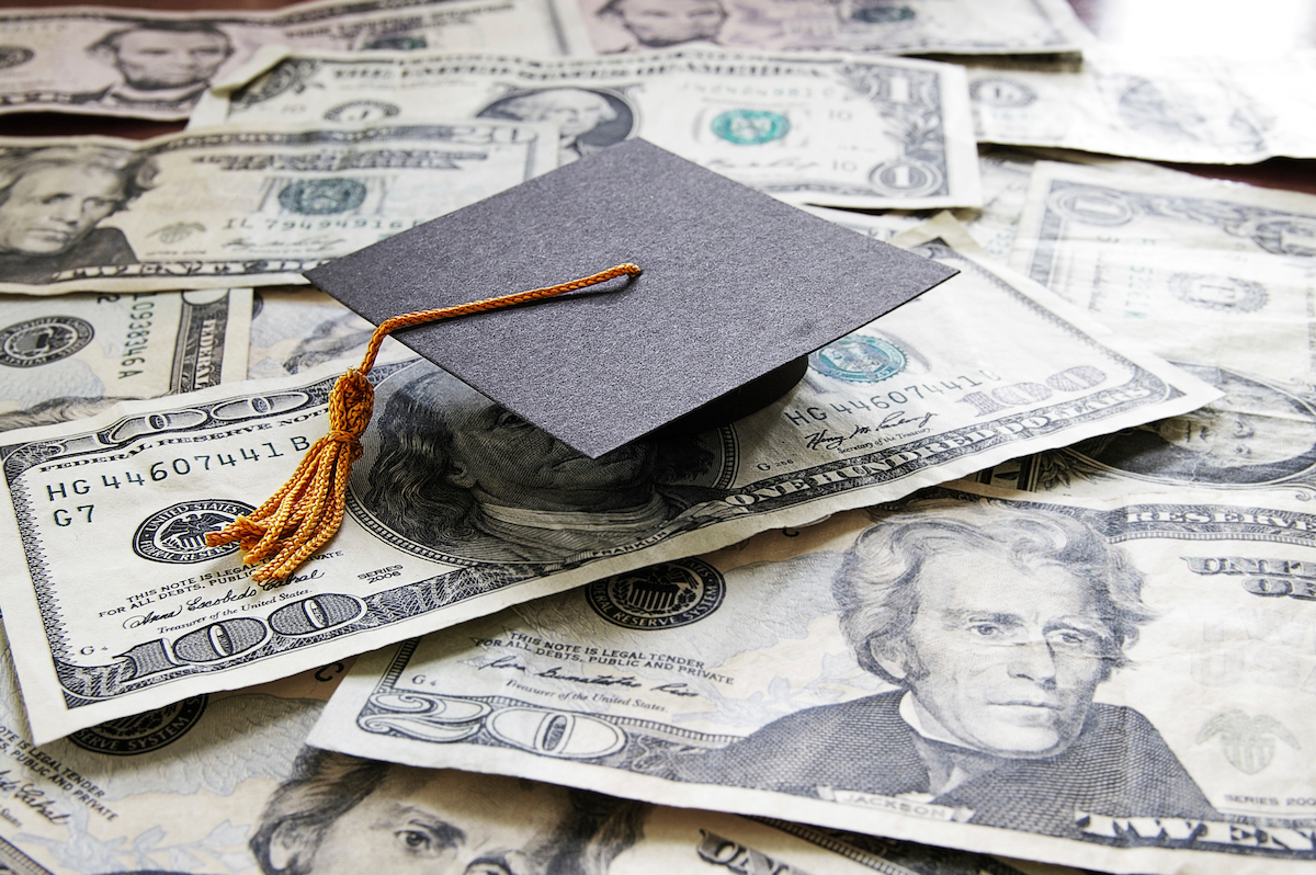 Military spouse scholarships: Where to apply, and how to find more cash for school