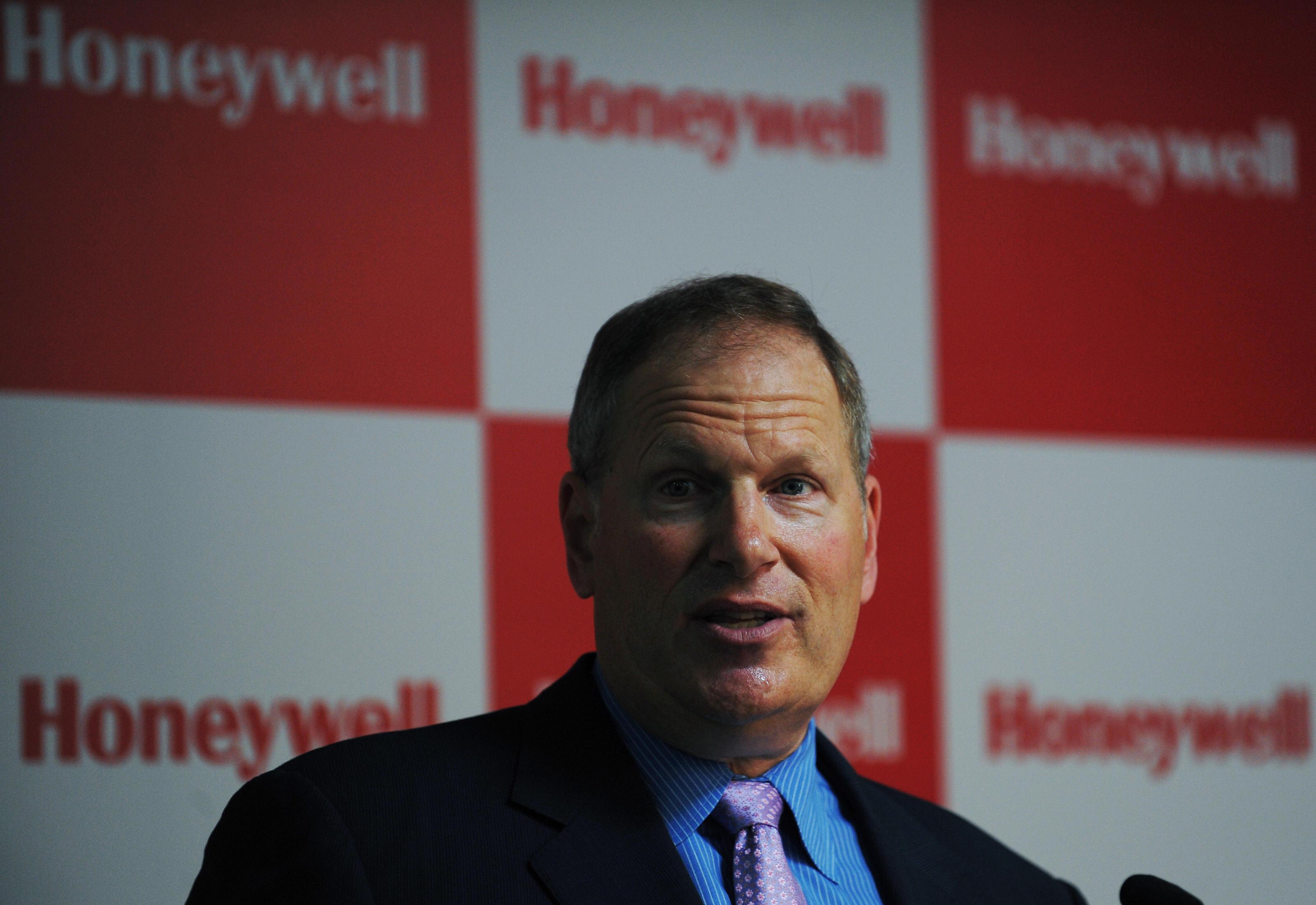 Honeywell Goes Public With UTC Overtures