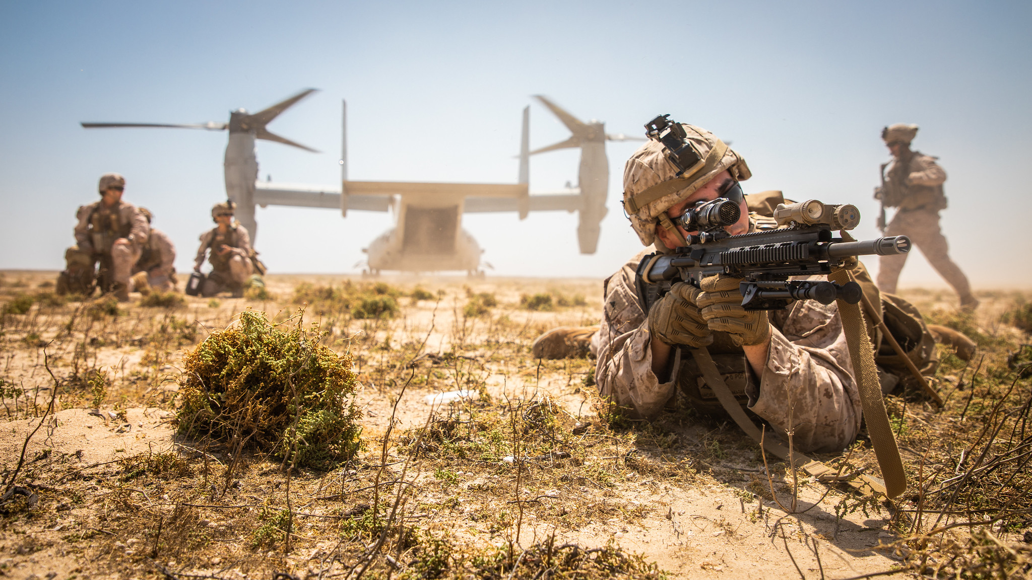 A Marine assigned to the Special Purpose Marine Air-Ground Task Force-Crisis Response-Central Command (SPMAGTF-CR-CC) 19.2, posts security during a tactical recovery of aircraft and personnel (TRAP) exercise on Karan Island, Kingdom of Saudi Arabia, April 23, 2020. (Sgt. Kyle C. Talbot/Marine Corps)