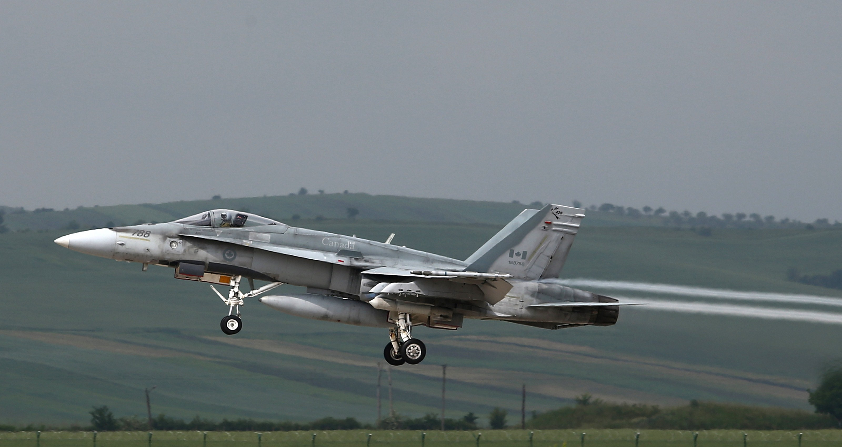 US backs Boeing in Bombardier spat, damaging hopes for F-18 to Canada
