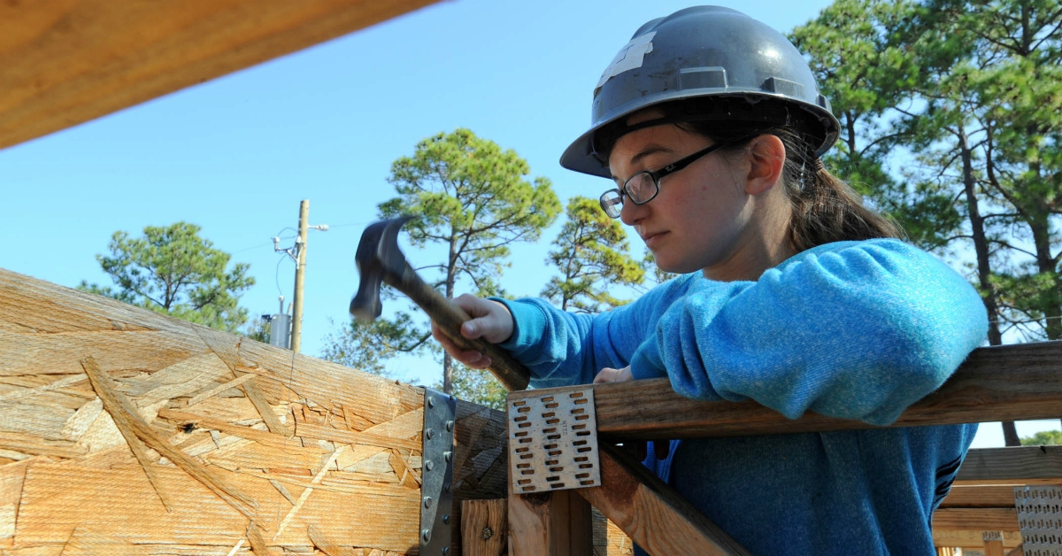A sailor volunteering with Habitat for Humanity. (U.S. Navy)