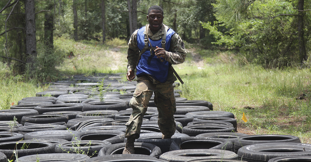 Sgt. Tiphine Tobo, from Army Center for Initial Military Training, competes in the obstacle course event of the TRADOC Best Warrior Competition, Fort Gordon, Georgia, July 19, 2018. r (Staff Sgt. Daniel Luksan/Army)