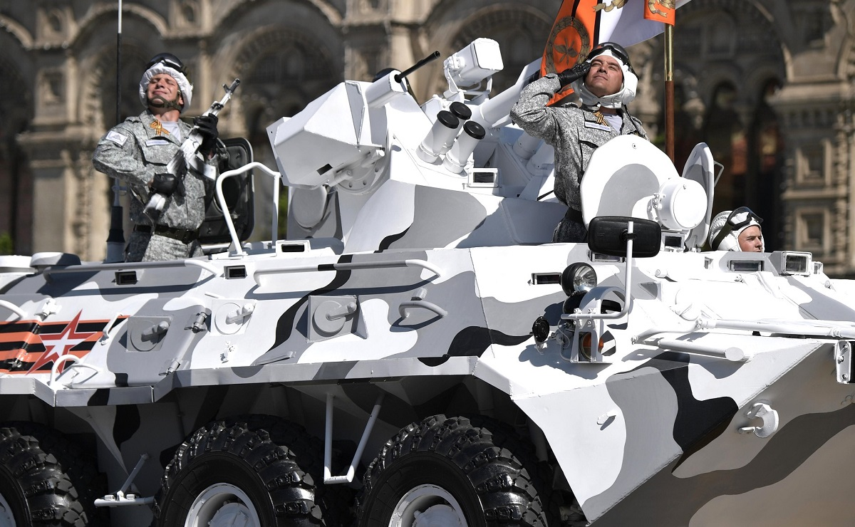 BTR-82 vehicles painted in Arctic colors are on display at Russia's annual parade. (Russian Presidential Press and Information Office)
