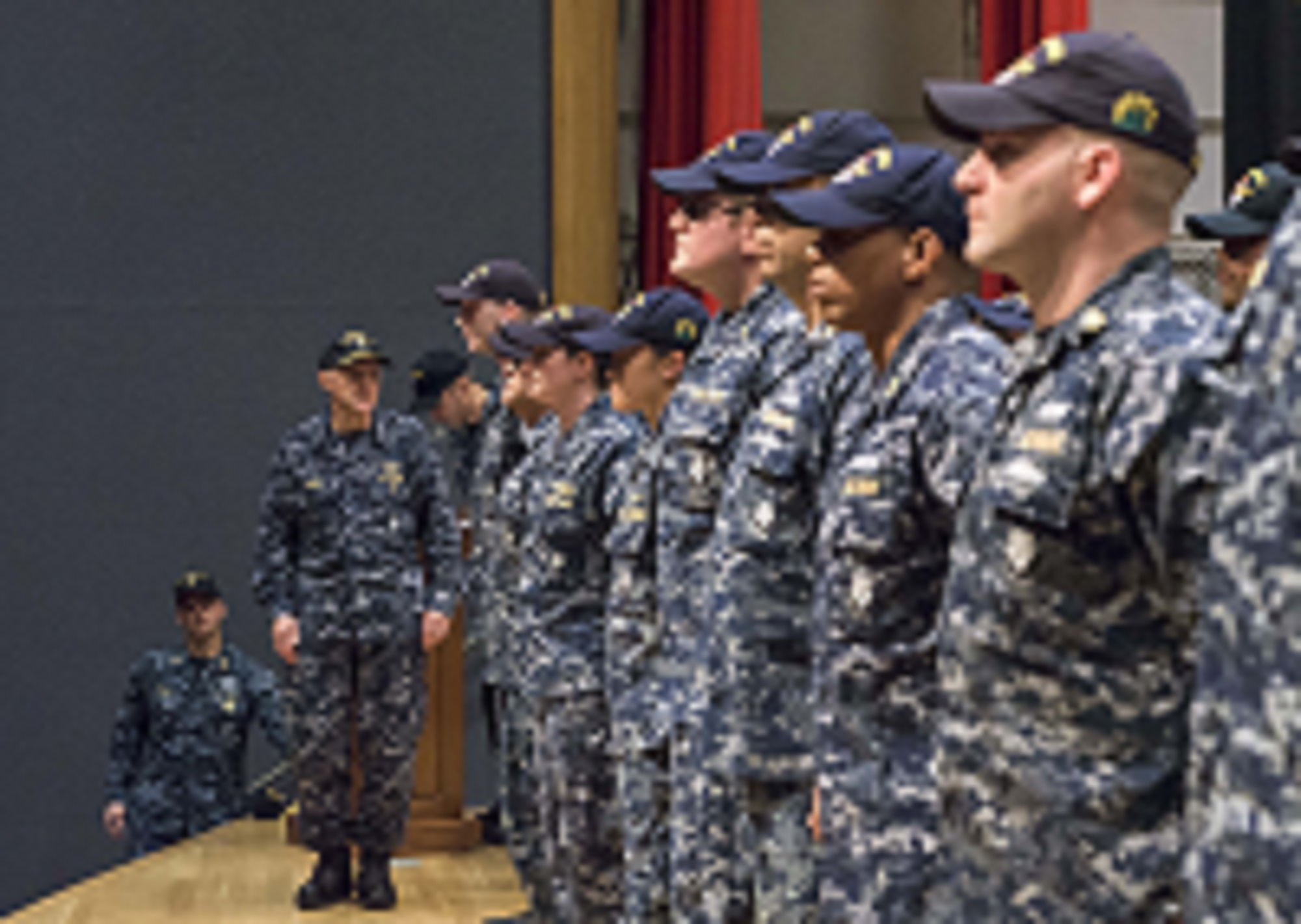36 Fitz sailors receive Navy and Marine Corps Commendation Medal