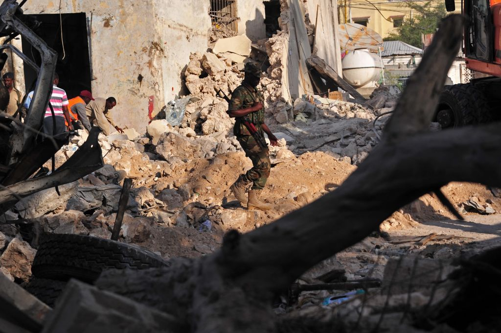 US airstrike kills more than 100 al-Shabab militants
