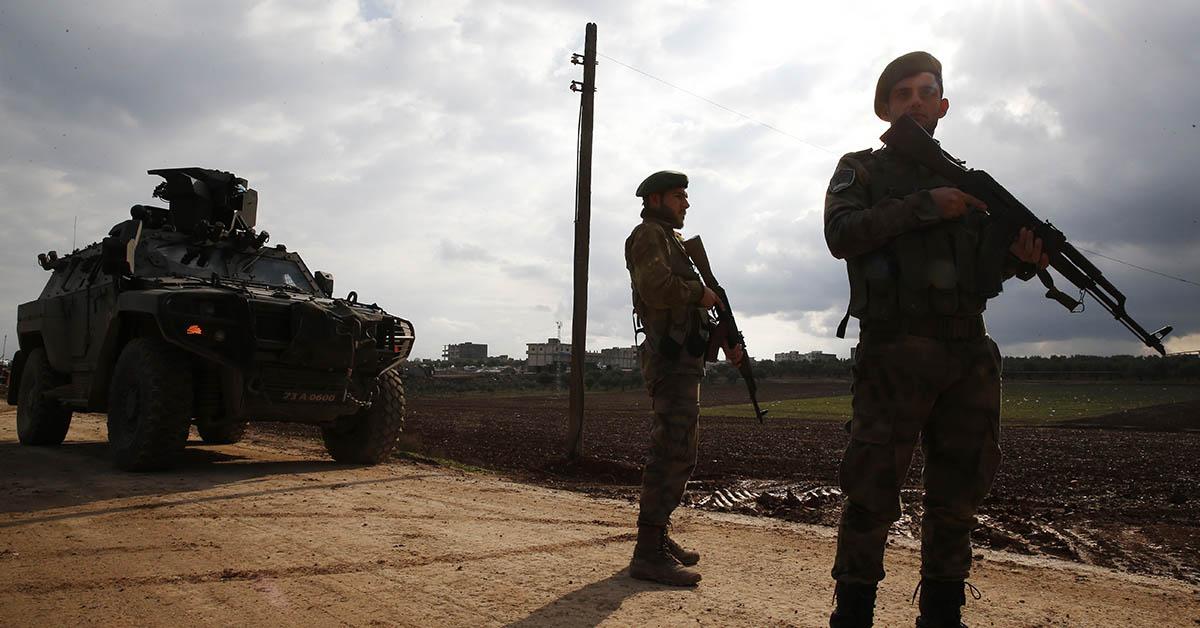Turkey advances offensive into Syrian Kurdish enclave