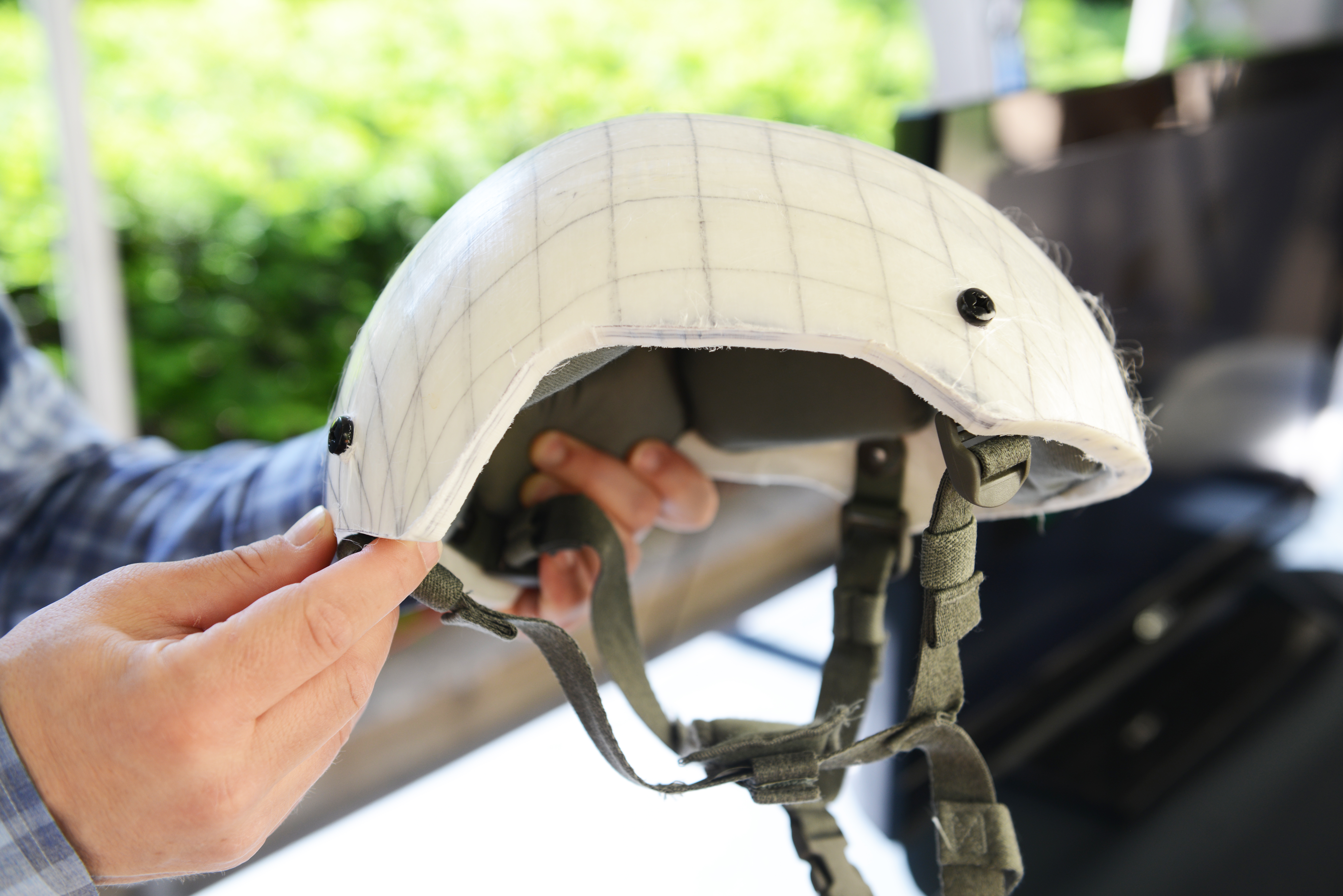 This lighter, stronger combat helmet is headed to soldiers