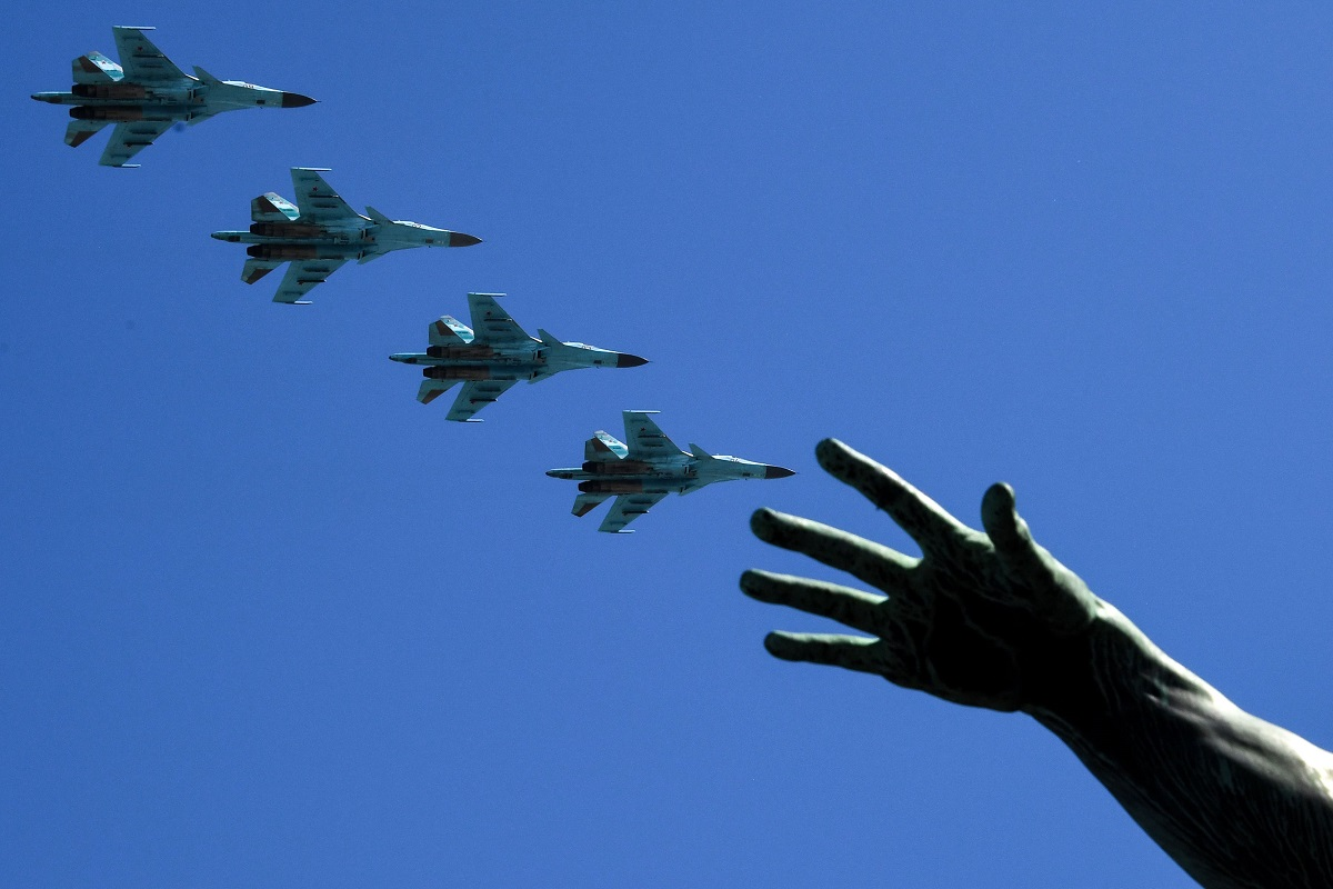 Russian Sukhoi Su-34 bombers take to the skise as the country marks the 73rd anniversary of the Soviet Union's victory over Nazi Germany in World War Two. (Kirill Kudryavtsev/AFP via Getty Images)