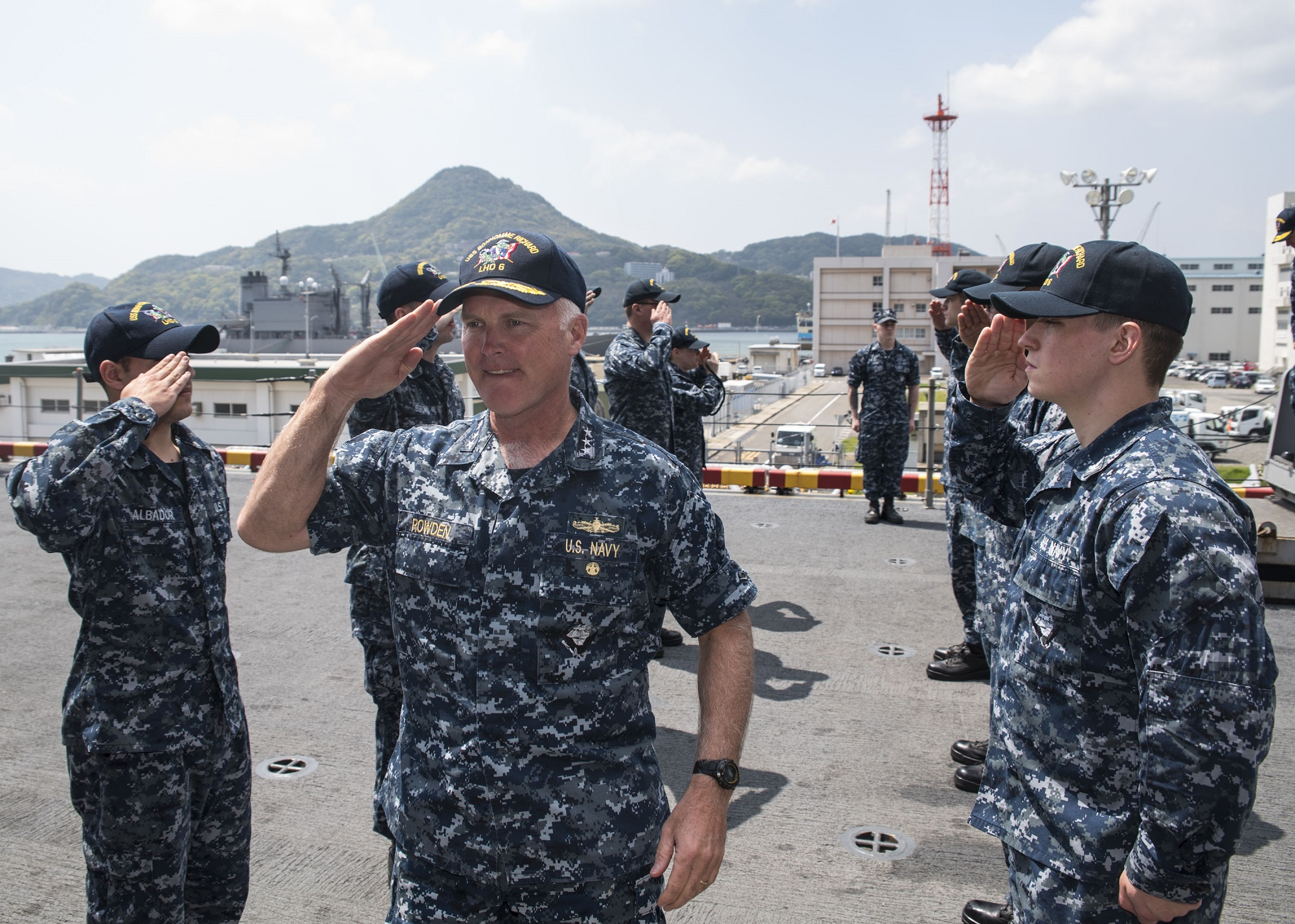 Vice Adm. Thomas Rowden turned over the reins of the Naval Surface Force Pacific Thursday after a recommendation that he be relieved. (MCSN Jesse Marquez Magallanes/Navy)