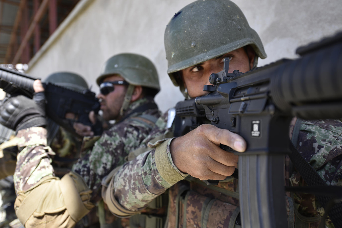 Afghan soldiers train at the the Afghan National Army Special Operations Command's School of Excellence in Afghanistan April 10, 2018. (Sgt. 1st Class Felix Figueroa/Army)