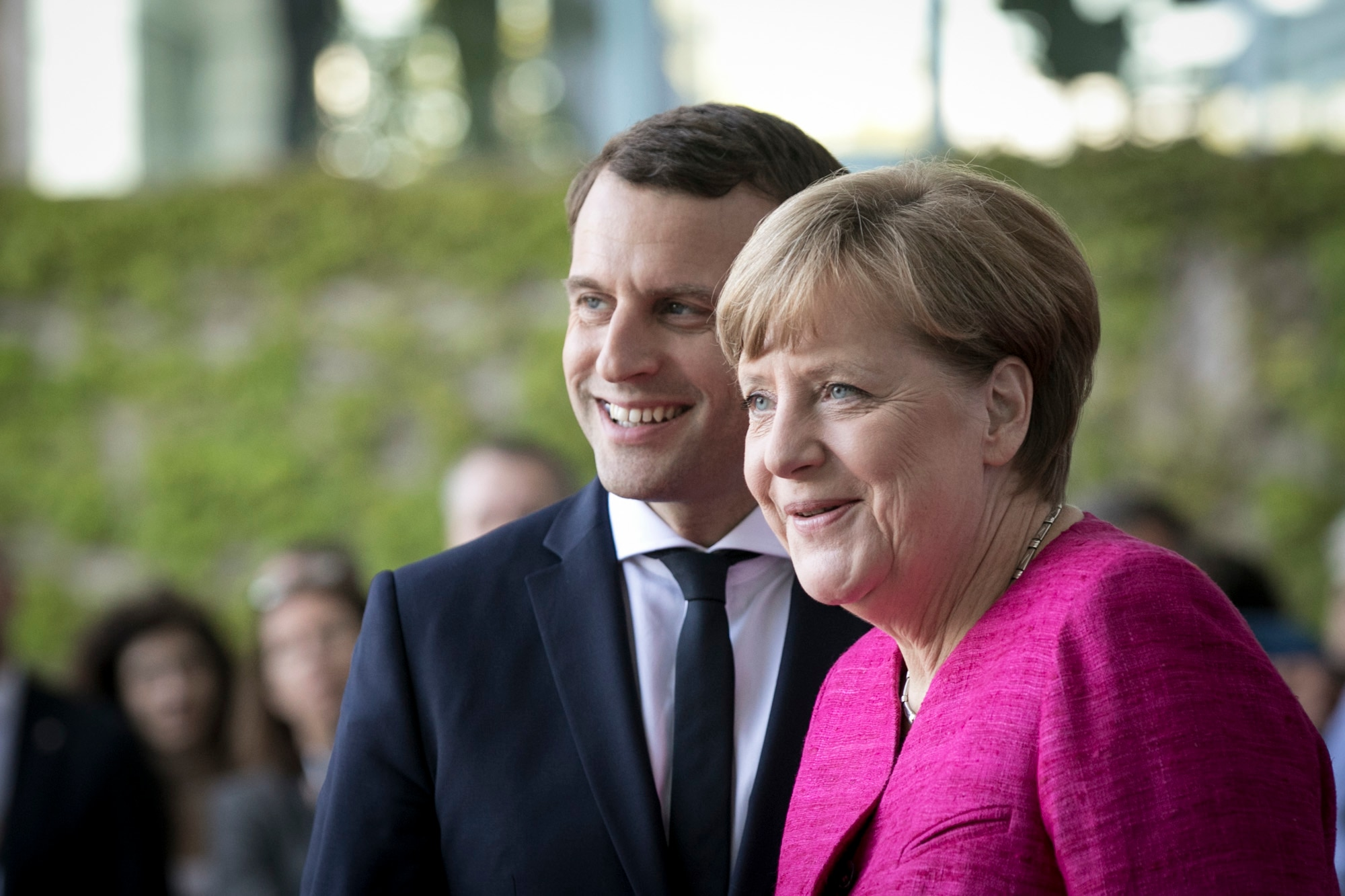 France and Germany agree to jointly build new generation fighter jet