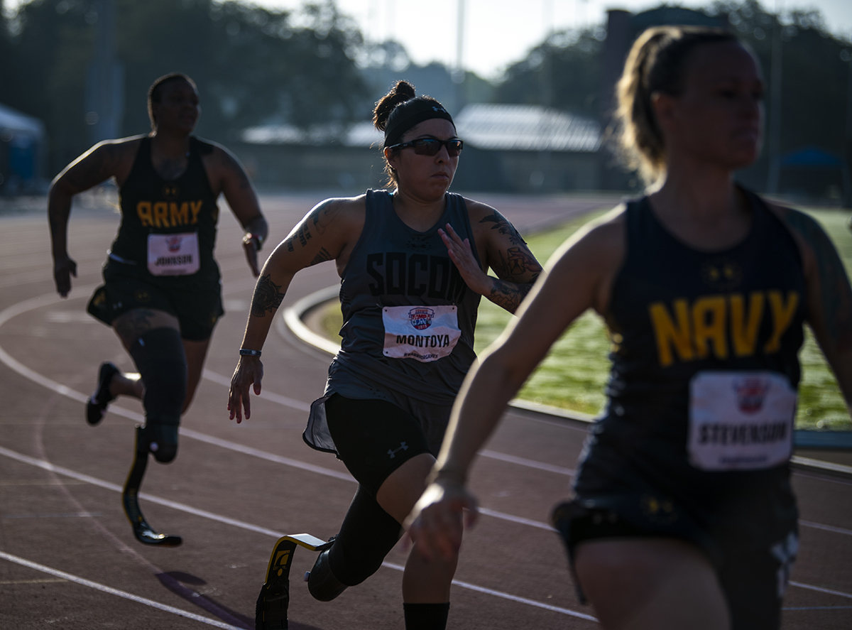 Lauren Montoya, of Team Special Operations Command, competes in the track competition at the University of South Florida track and field stadium in Tampa, Fla., on June 22 during the 2019 DoD Warrior Games. (Staff Sgt. Marianique Santos/Air Force)