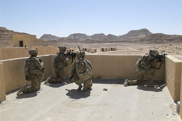 US, Omani troops share military tactics in Inferno Creek exercise