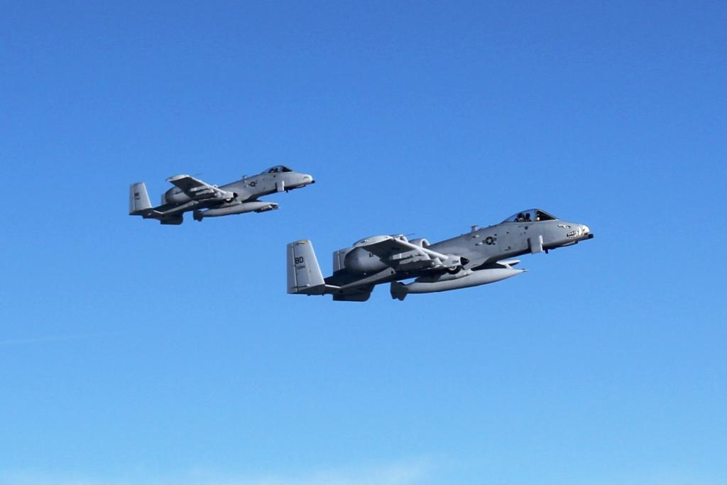 F-35 vs. A-10: Air Force Test Pilot Weighs In