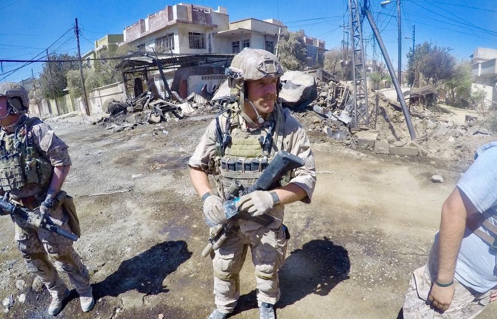 "Special Warfare Operator Chief Edward ""Eddie"" Gallagher in Iraq in 2017. (courtesy photo)"