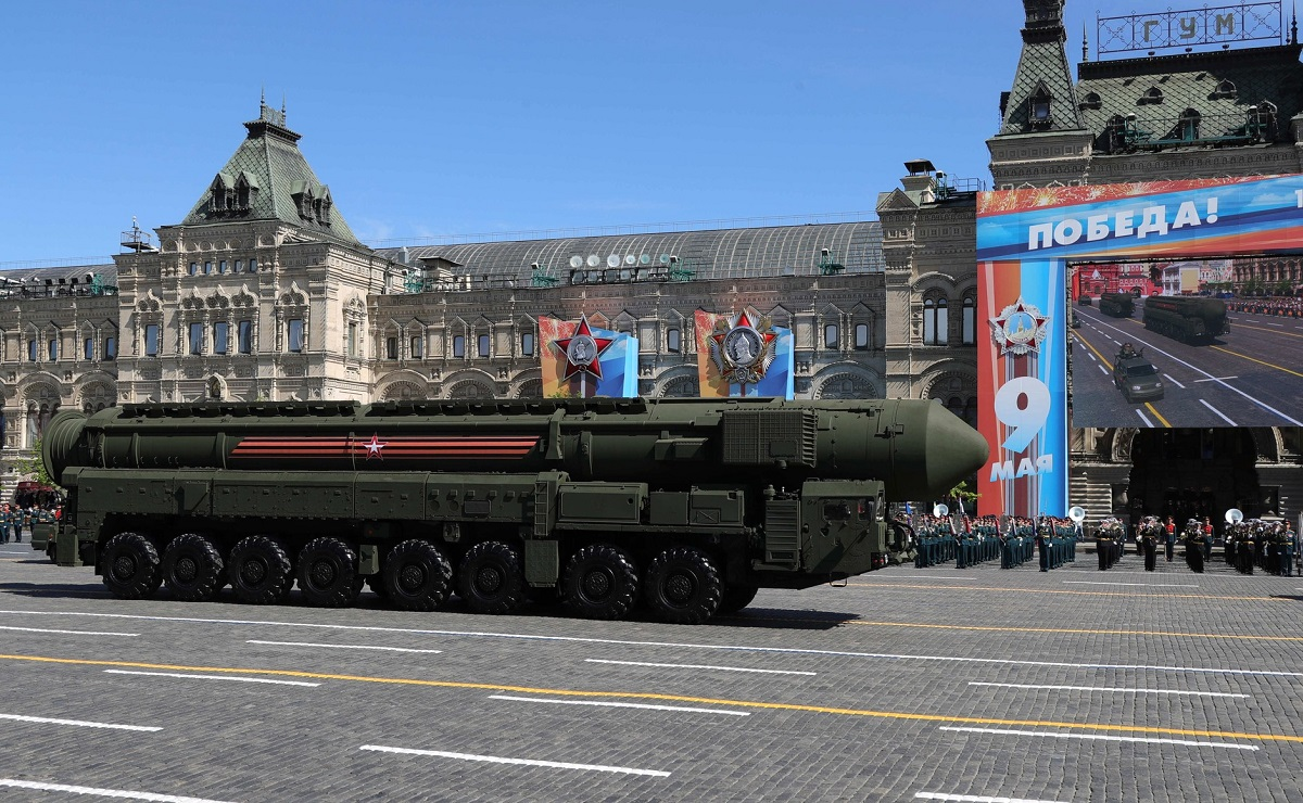 The Yars R-24 intercontinental ballistic missile takes to the street during Russia's annual military parade. (Russian Presidential Press and Information Office)