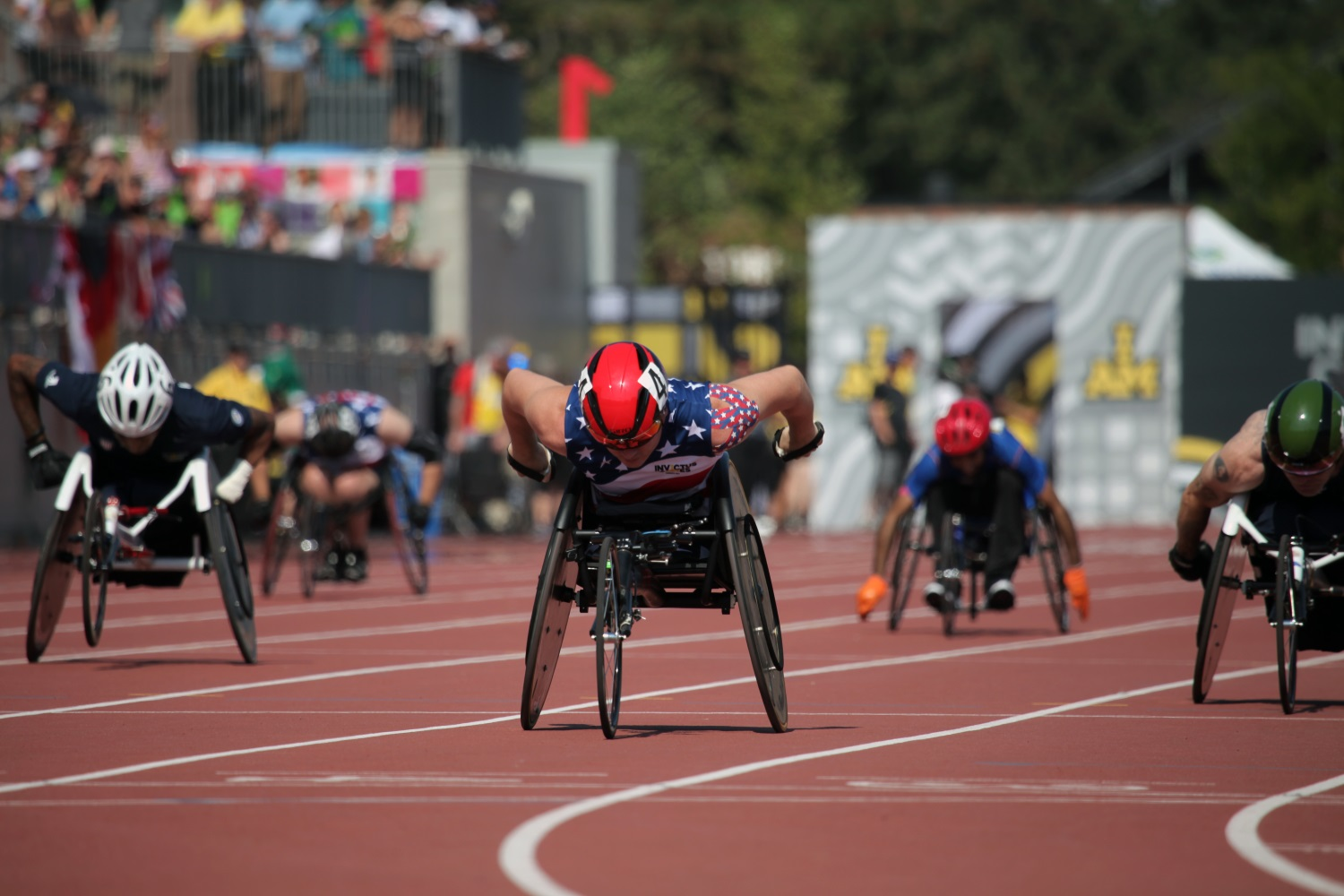 U.S. Marine Sgt. Ivan Sears competes in the Invictus Games' 100-meter wheelchair dash at York Lions Stadium in Toronto, Canada, on Sept. 24, 2017. The Invictus Games is taking place Sept. 23-30. (Staff Sgt. Daniel Luksan/Army)