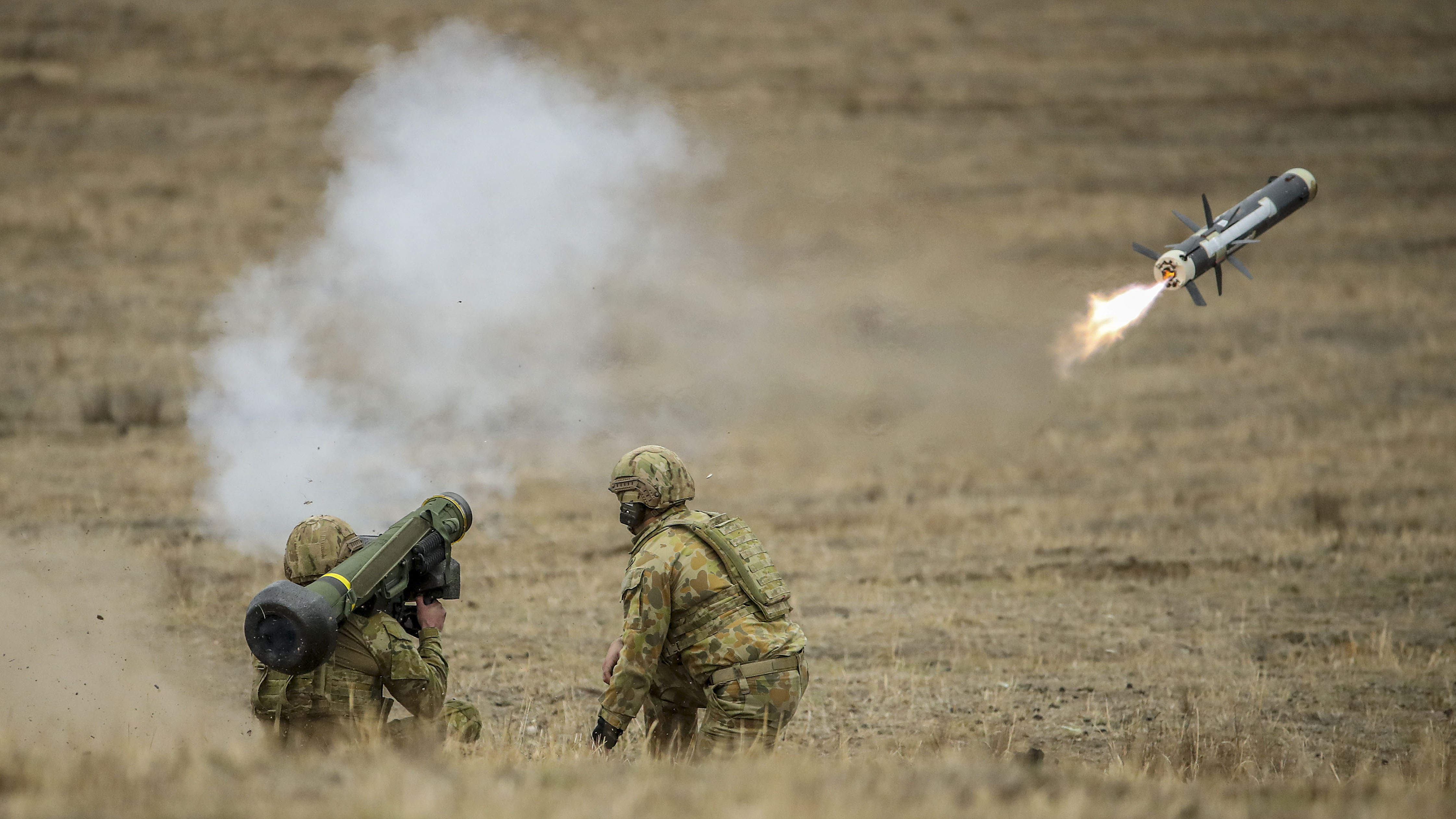 Australian Army soldiers fire a Javelin anti-tank missile during Exercise Chong Ju at the Puckapunyal Military Area on May 09, 2019 in Seymour, Australia. (Photo by Scott Barbour/Getty Images)