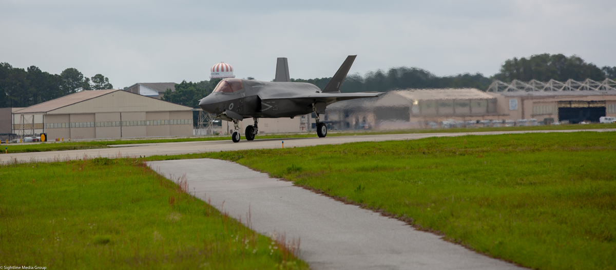 An RAF F-35B taxis after a vertical landing at MCAS Beaufort, SC. (Jeff Martin/Staff)