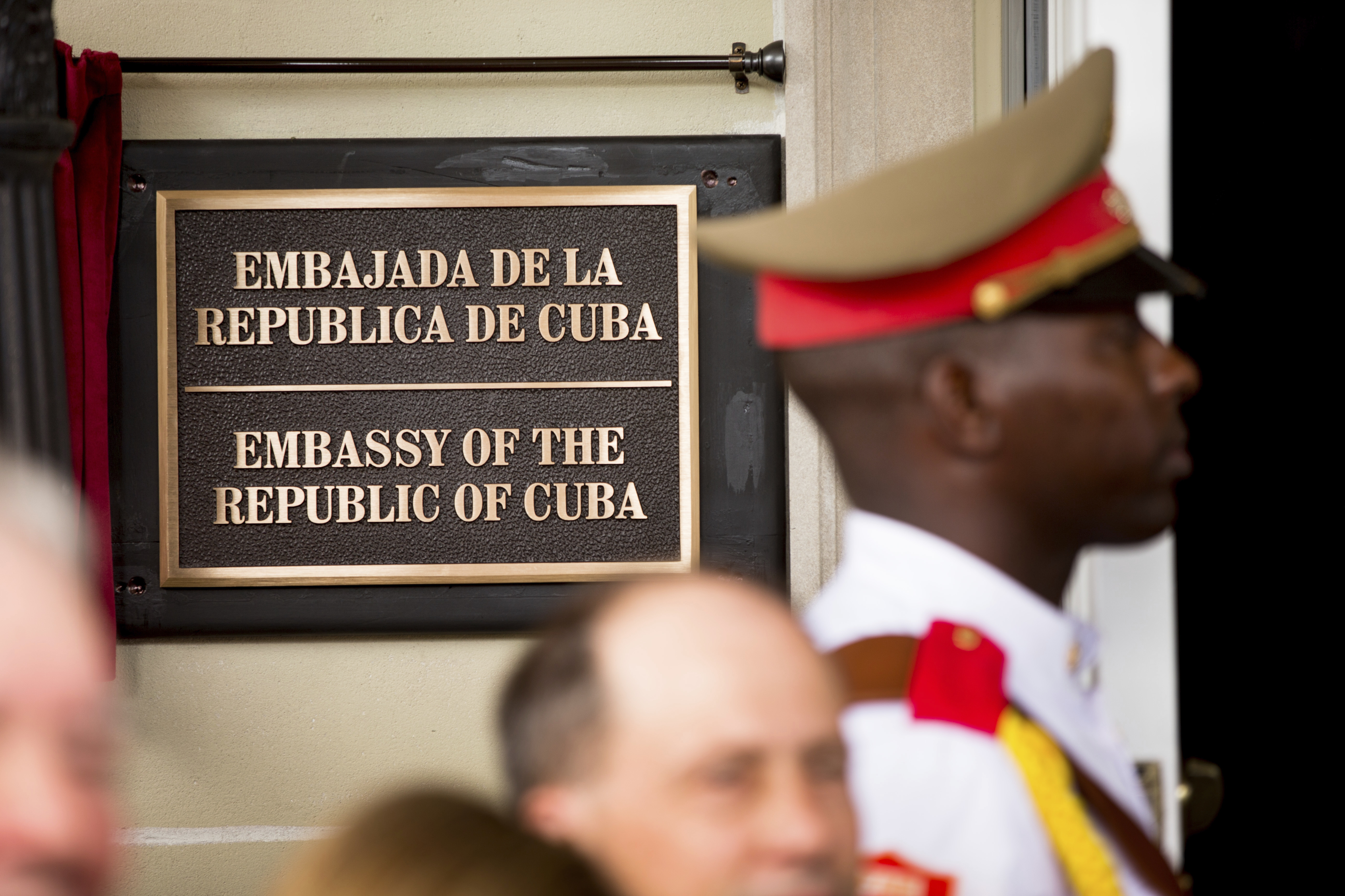 US, Canadian diplomats in Cuba blame 'sonic device' for hearing loss